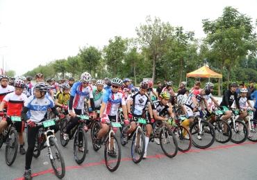 2014年广东省(韶关乳源)环南水湖第二届自行车公开赛